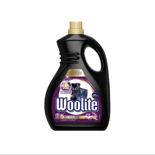 Woolite Dark met Keratine