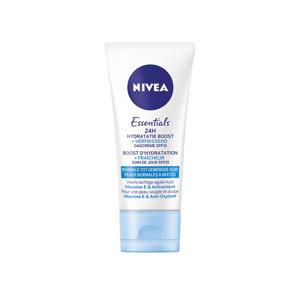 Nivea Dagcrème 24H Hydraterend SPF15 Tube 4005900397591